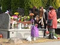 Ден на всички души - ние се молим за мъртвите