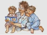 Máma čte dětem pohádku - Máma čte dětem pohádku