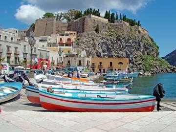 Lipari a Lipari-szigeteken Szicília mellett