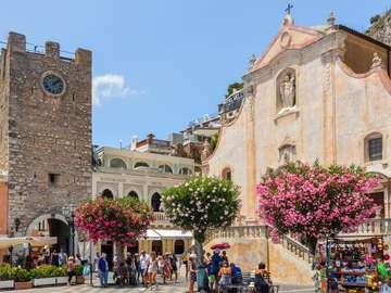 Taormina Stadt auf Sizilien