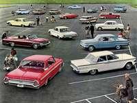 Modelos Ford - Esta es una foto de un anuncio de 1962. Con un distanciamiento social clásico