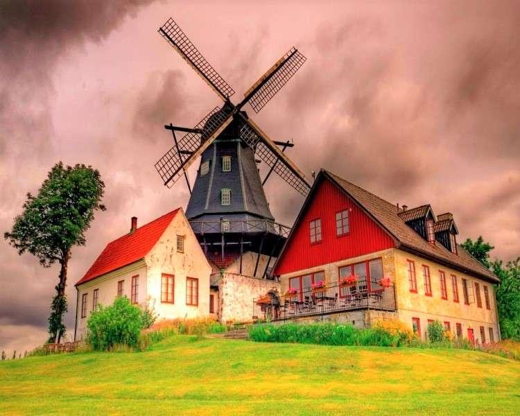 Mill And Cottages - Kvarn och stugor, äng (10×8)