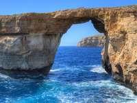 Malta pobřežní krajina Gozo - Malta pobřežní krajina Gozo