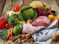 Un po 'di tutto - Mangia verdure, pesce, pollo e carne