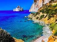 Peisaj de coastă în Sardinia
