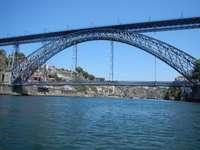 Ponte Don Luis I sul fiume Douro
