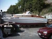 ταχεία βενζινάκατος - Ναυτικό Tecnica Settimo Velo κύτος Sonny Levi