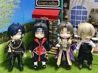 4 hezké děti v kostýmu