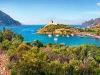 Крайбрежен пейзаж на Корсика
