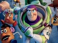 Mentale Erholung - Lassen Sie uns das Toy Story-Puzzle zusammenstellen