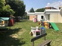 Rekonstruálni az iskola kertjét