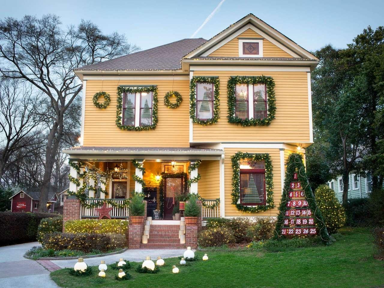 Decor de Crăciun în fața casei