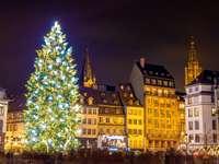 Коледно време в Страсбург