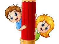 Crianças com lápis grande