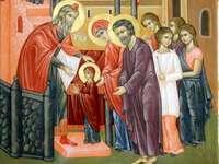 Vchod do kostela Matky Boží