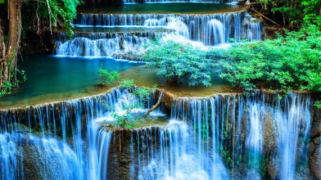 изглед - зелен водопад (12×7)