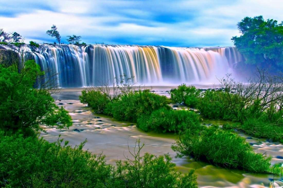 Изглед - Рай, зелена природа, вода (10×7)