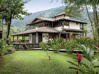 Casa de verano - Casa de verano con mucho verde