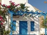 Szép homlokzat - Tipikus ház Perissa-ban.