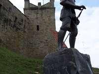 Rycerzyk de Nowy Sącz - Monumento ao cavaleiro de Nowy Sącz relacionado à lenda