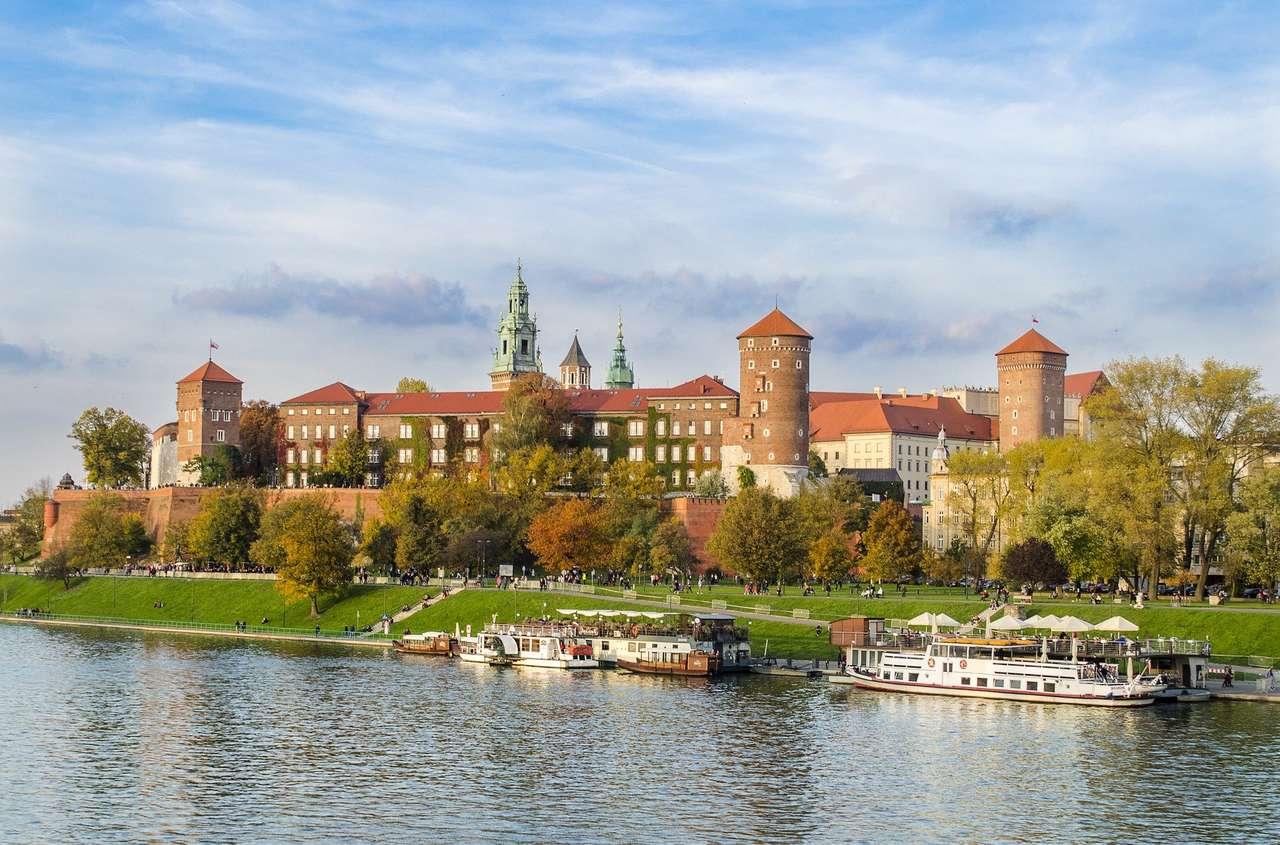 Krakkó - régi városok - Rendezze el a rejtvényeket, és mondja el, melyik várost érinti a kép (4×3)