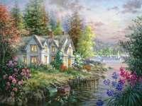 Бояджийска къща до езерото