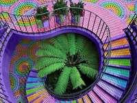 Architecture colorée en spirale