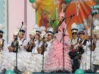 Tekely ..... - Tekely (Kaz. Tекелі; Russo. Текели = Tiekieli) - una città nella parte sud-est del Kazak