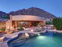 vila cu piscina la munte