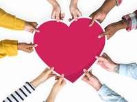 La bonté - une chose importante - Gentillesse - Faire preuve de respect et aider une autre personne.