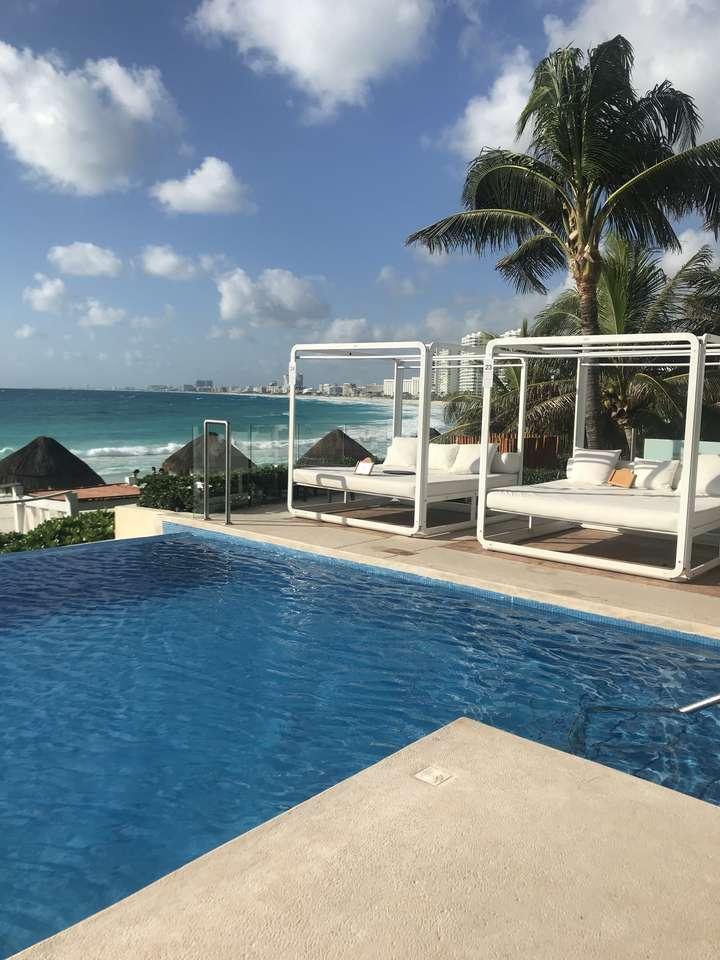 Канкун - хотелски басейн - Мексико (11×15)