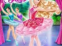 """Barbie in den pinken Schuhen - """"Tanze deinen Weg zu einem magischen Abenteuer mit Barbie als Kristin, einer Ballerina mit gro�"""