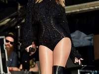 Taylor Swift - Taylor Swift στη σκηνή