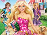 "Barbie: Princess Charm School - ""Barbie interpreta Blair Willows, una ragazza di buon cuore che è stata scelta per frequentare"