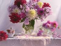 Flores coloridas no vaso