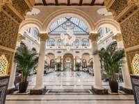 Malaga szálloda előcsarnoka