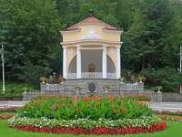 Krynica-Zdrój - Krynica-Zdrój [3] (até 2002 Krynica, Łem. Крениця) - uma cidade na Província da Pequena P