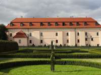 Niepołomice - Niepołomice (tedesco: Niepolomitz [3]) - una città nella provincia della Piccola Polonia, contea d