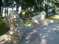 Horodło .... - Horodło (lit. Horodle) - un village de Pologne situé dans la voïvodie de Lubelskie, dans le povia