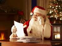 De kerstman uit Lapland ontving brieven - m /................../