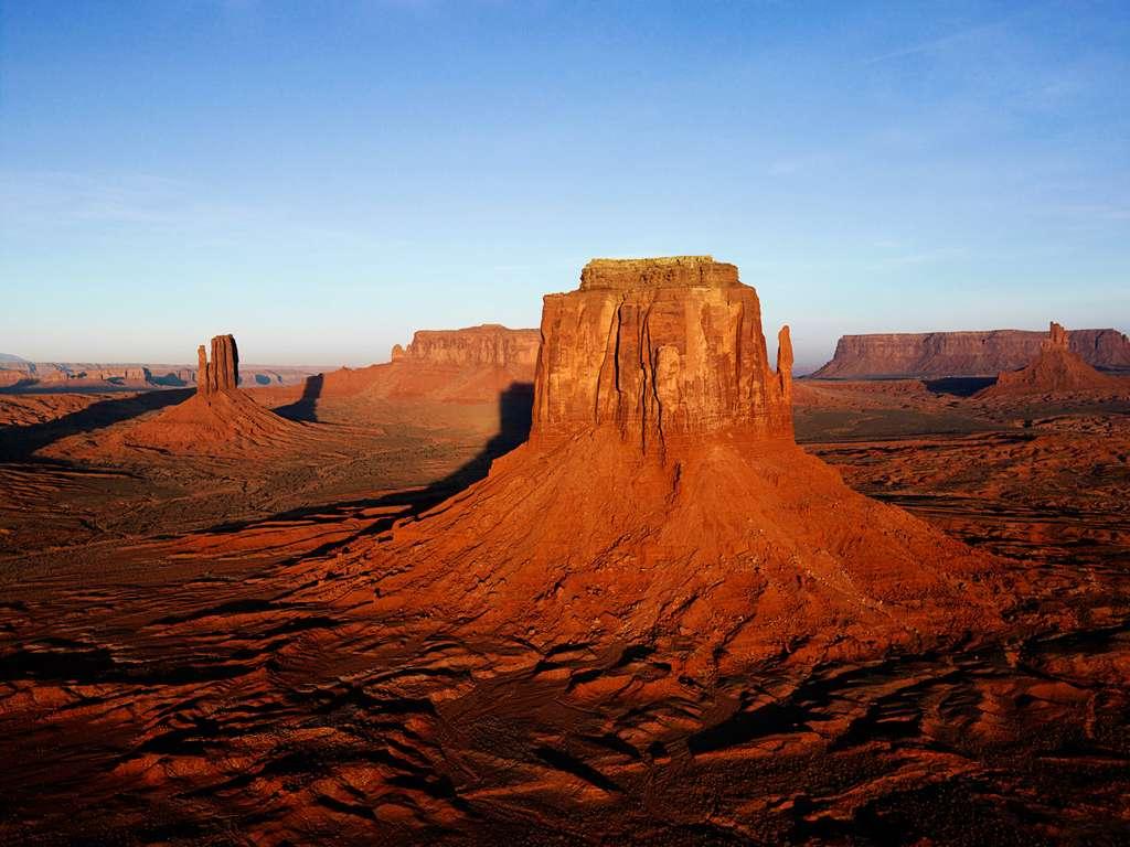 désert - paysage désertique au coucher du soleil (8×6)