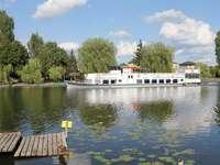 Augustowska doprava - Żegluga Augustowska - Serwy se vydává na plavbu