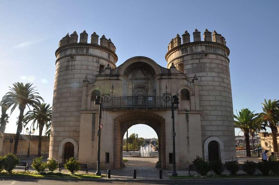 Badajoz Old City Gate Spania puzzle