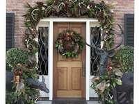 Karácsonyi otthon bejárata - m ....................