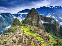 Macchu Picchu - Machu Picchu è una cittadella Inca situata sulle montagne delle Ande in Perù