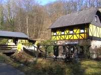 A völgy Westerwaldban - A sárga ház a Westerwaldban