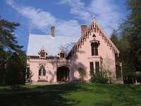 pałacyk w stylu gotyckim w anglii