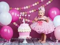 lány születésnapi partiján - m ...................