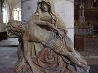 Joigny ........ - Joigny - cidade e comuna na região de Burgundy-Franche-Comté no departamento de Yonne na França.
