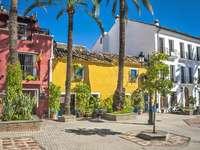 Marbella város Spanyolország déli részén - Marbella város Spanyolország déli részén